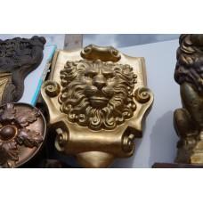 Голова льва большая